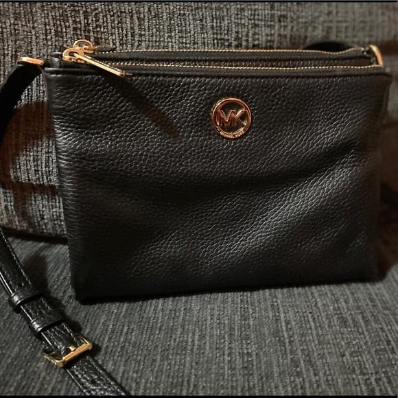 Michael Kors Handbags - Black Michael Kors Satchel/ Crossbody